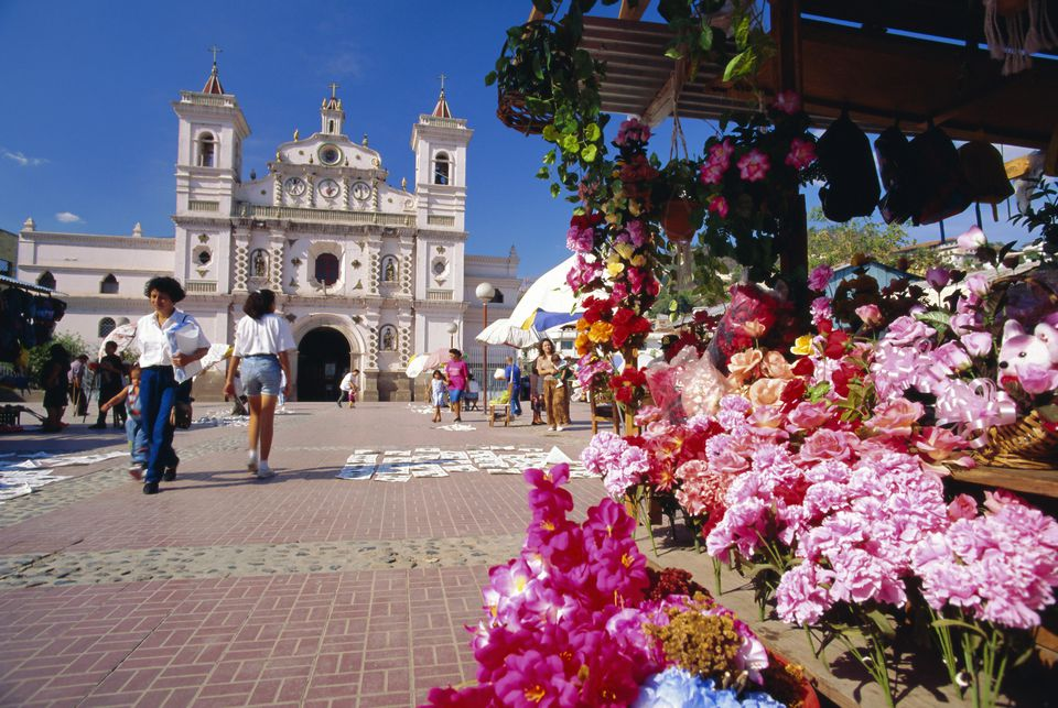 The Church of Virgin de los Dolores and flower stall, Tegucigalpa, Honduras, Central America.