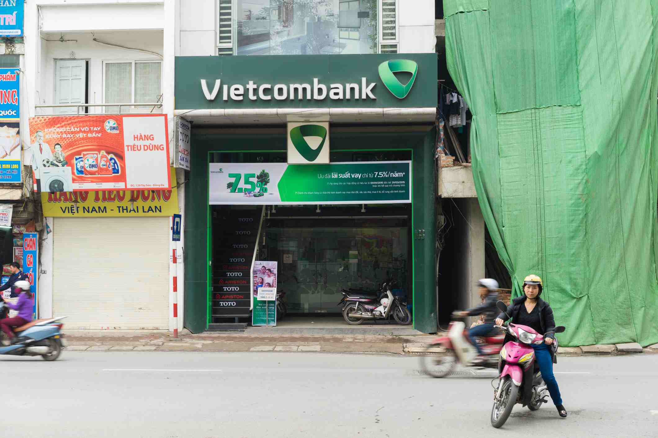 Bureau De Change Old Street money suggestions for travelers in vietnam