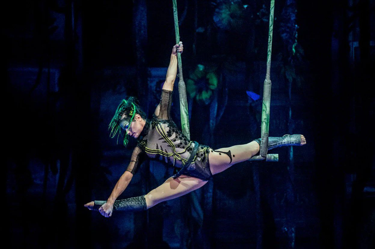JOYÀ Cirque du Soleil Performer