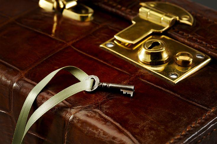 New Lot of 7 Neon Yellow Color Mini  Padlock Tiny Box Locks With keys
