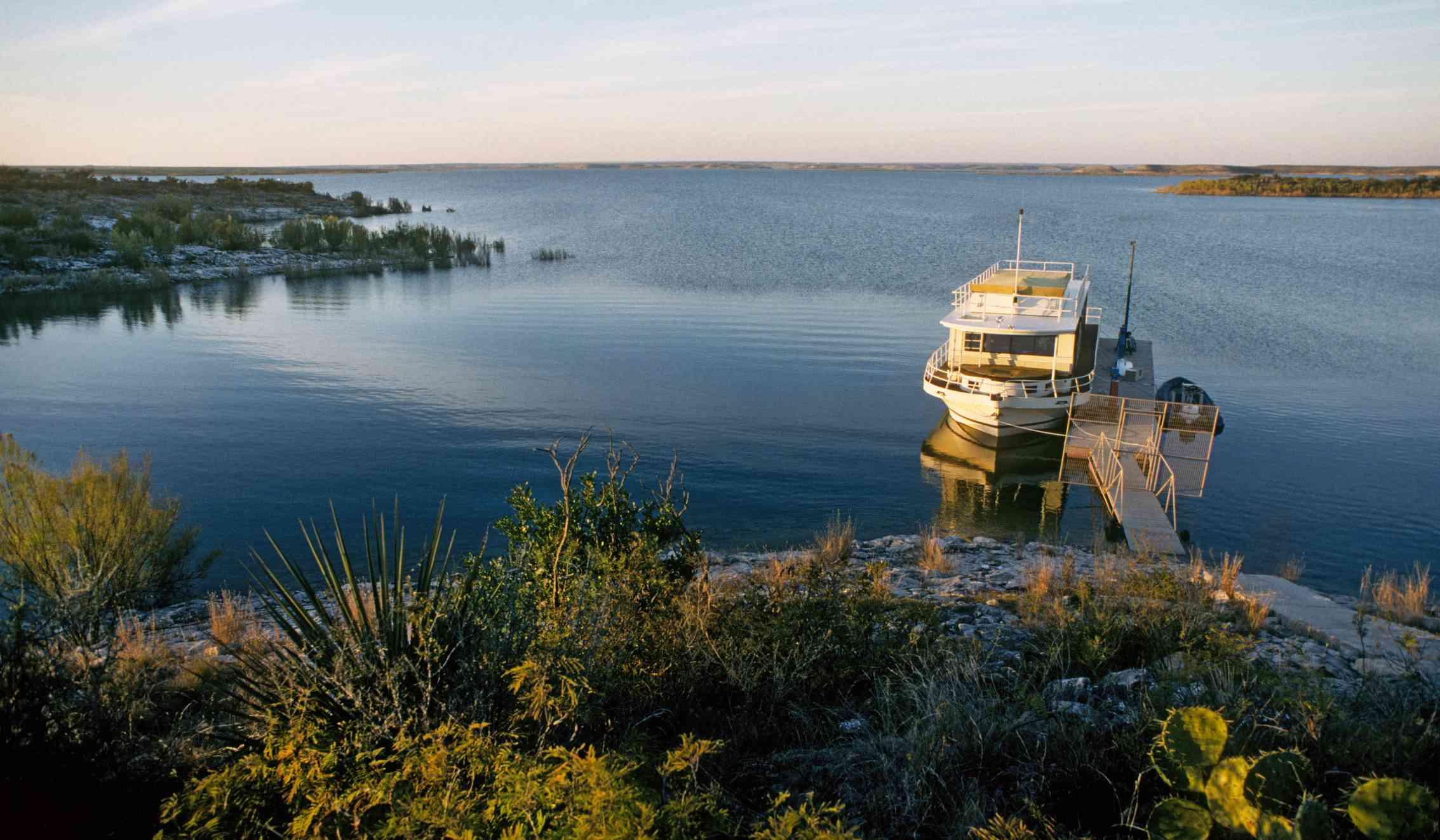 Lake Amistad, Texas