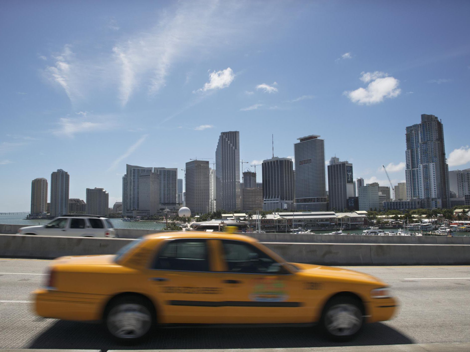Miami Airport Transportation: Taxis, Shuttles, Trains