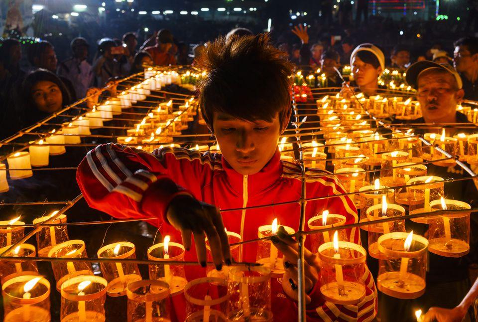 Festival de globos aerostáticos en Taunggyi, parte de las celebraciones de luna llena de Tazaungdaing