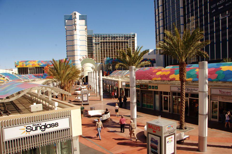 Cheap Hotels Around Las Vegas