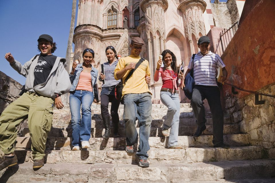 group of students traveling together