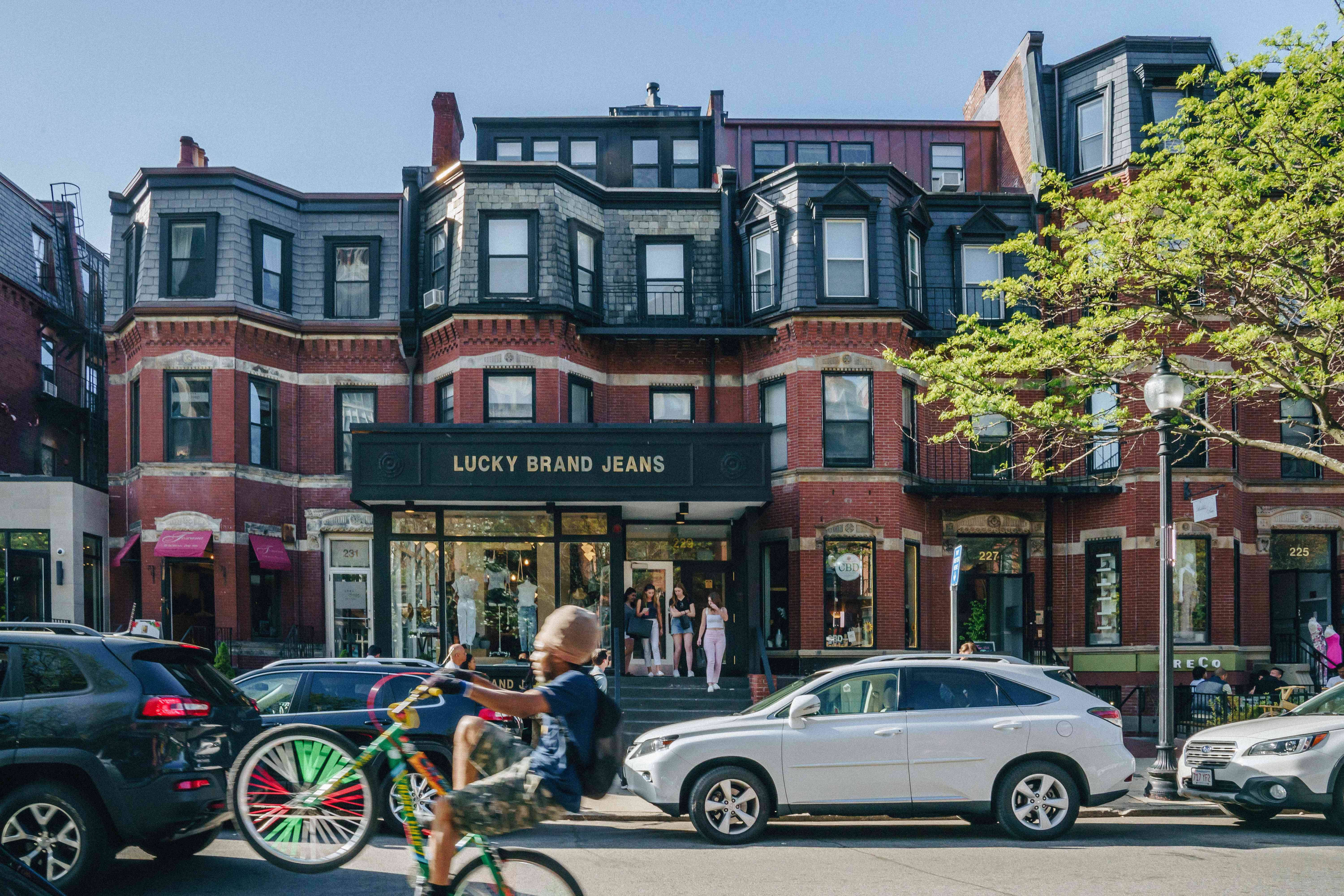 The Best Places for Shopping in Boston
