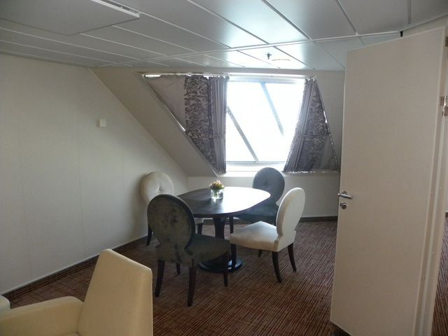 Celebrity Eclipse - Family Ocean View Cabin