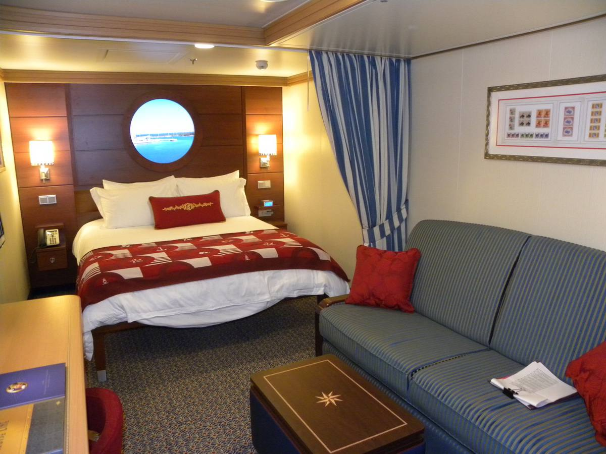 Photo Tour Of The Disney Dream Cruise Cabins And Suites