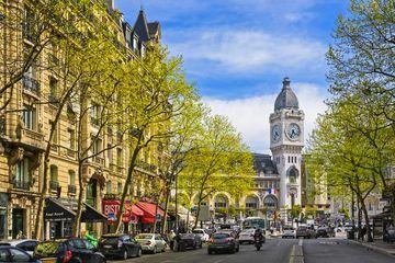 Gare de Lyon train station in Paris