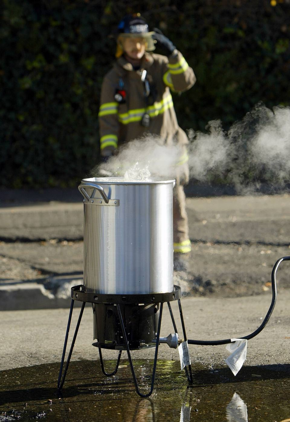 Fire Department Demonstrates The Dangers Of Deep-Frying Turkeys