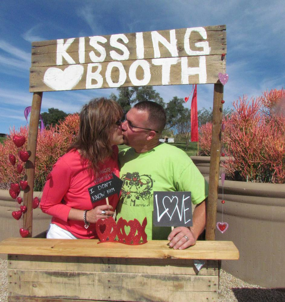 Love in the Hills Kissing Booth