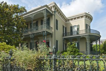 Colonel Short's Villa with Cornstalk fence, Garden District.