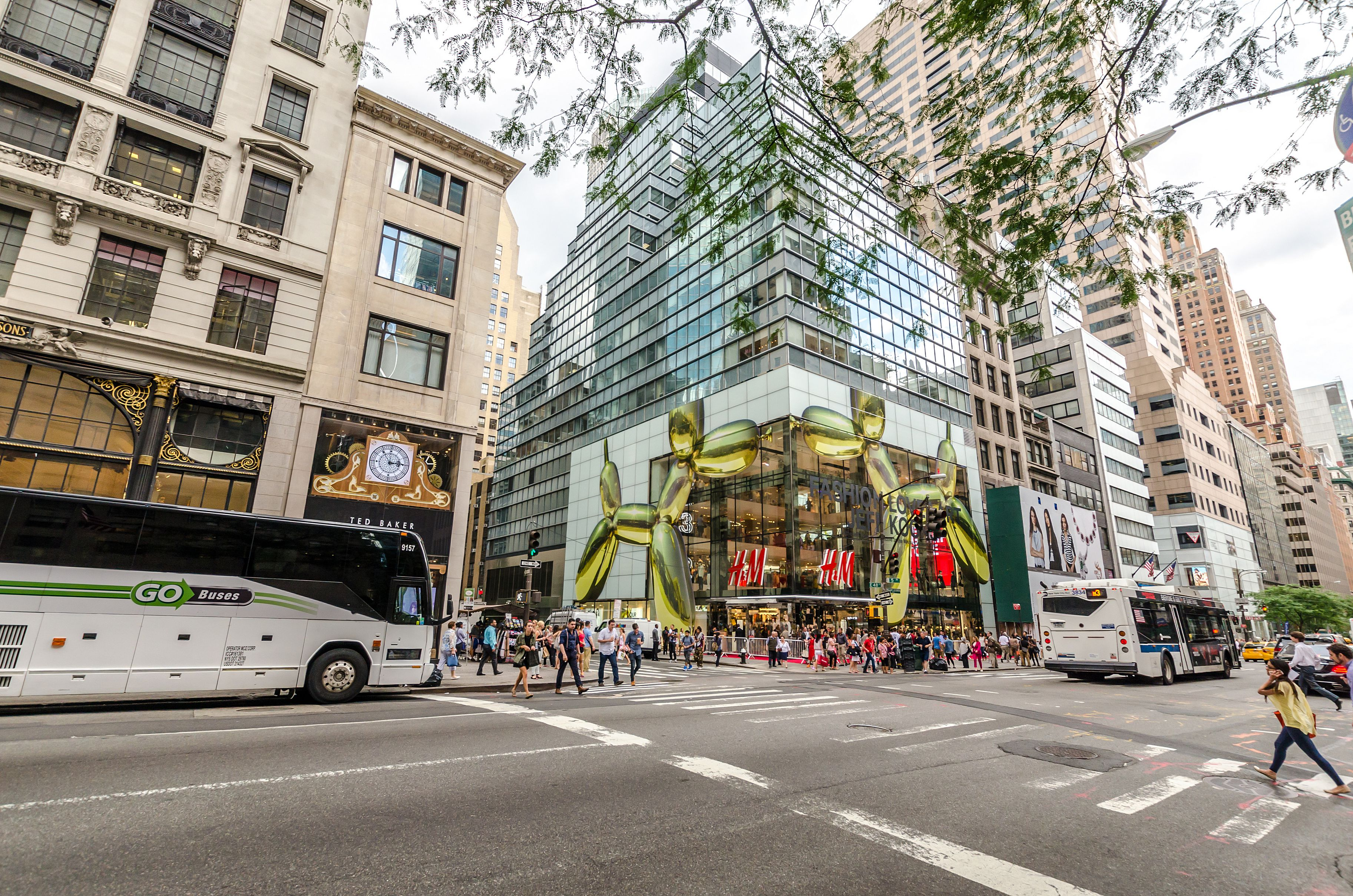 H&M Fifth Ave NYC
