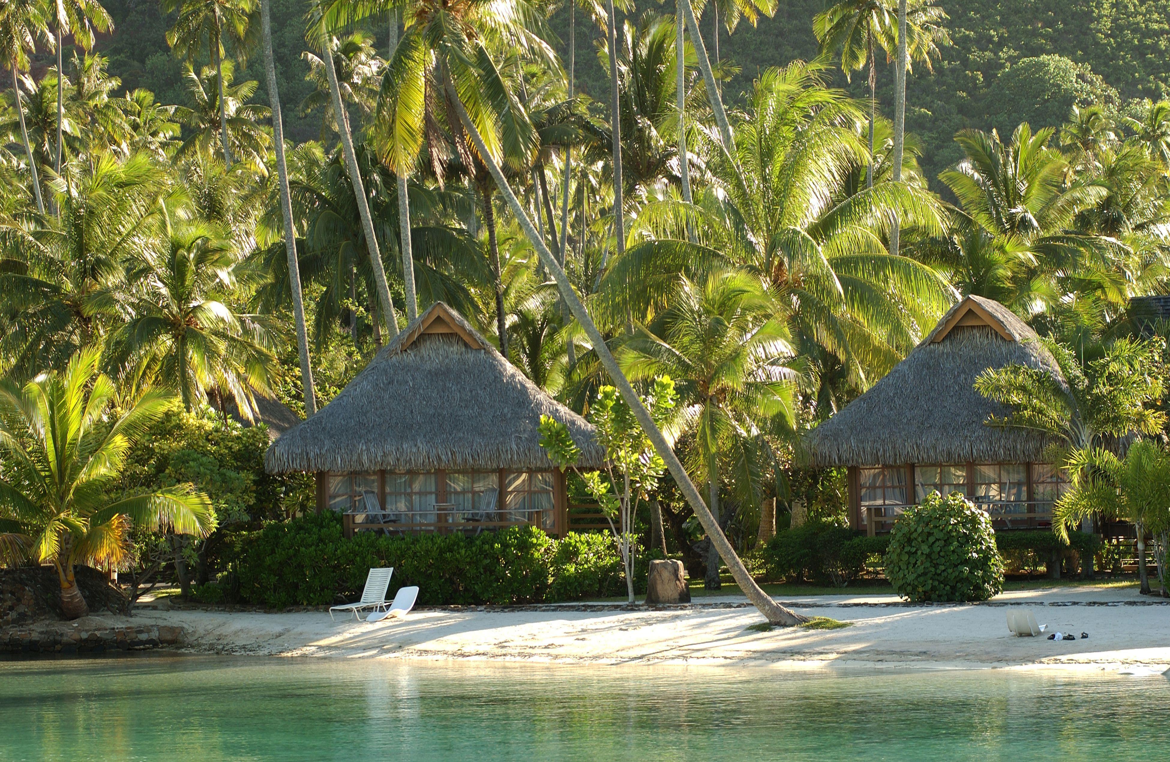 Beach Bungalow in Tahiti