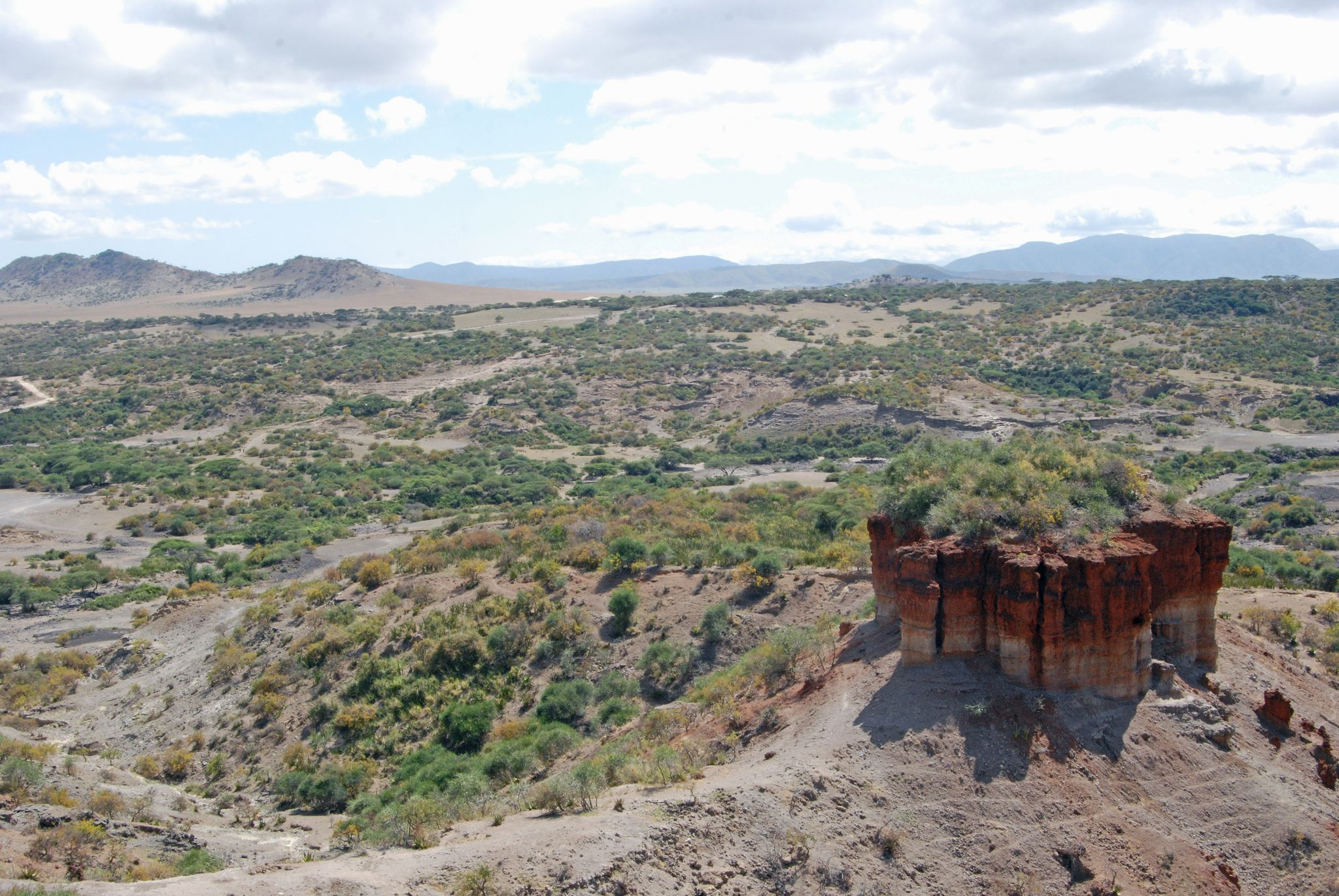 Discovery Auto Insurance >> A Guide to Tanzania's Olduvai Gorge and Shifting Sands