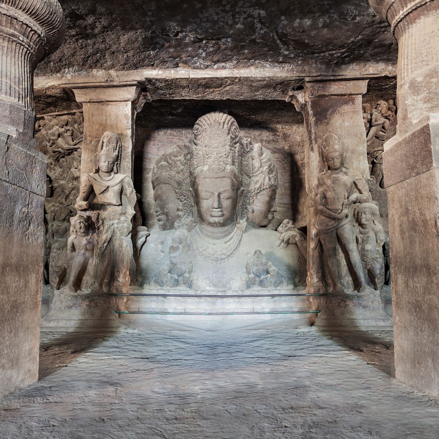 Elephanta Caves in Mumbai: The Complete Guide