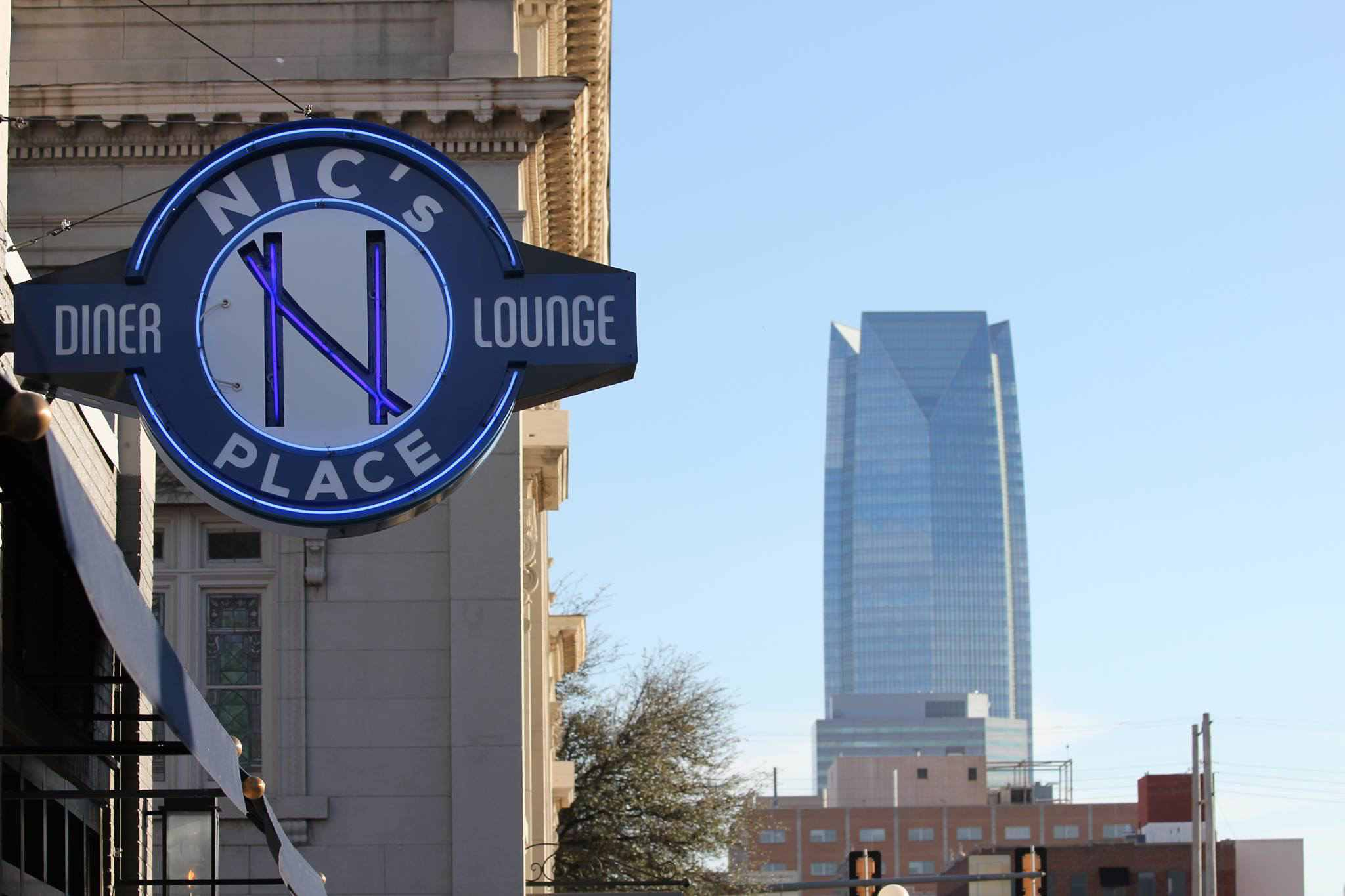 Nic's Place Diner & Lounge