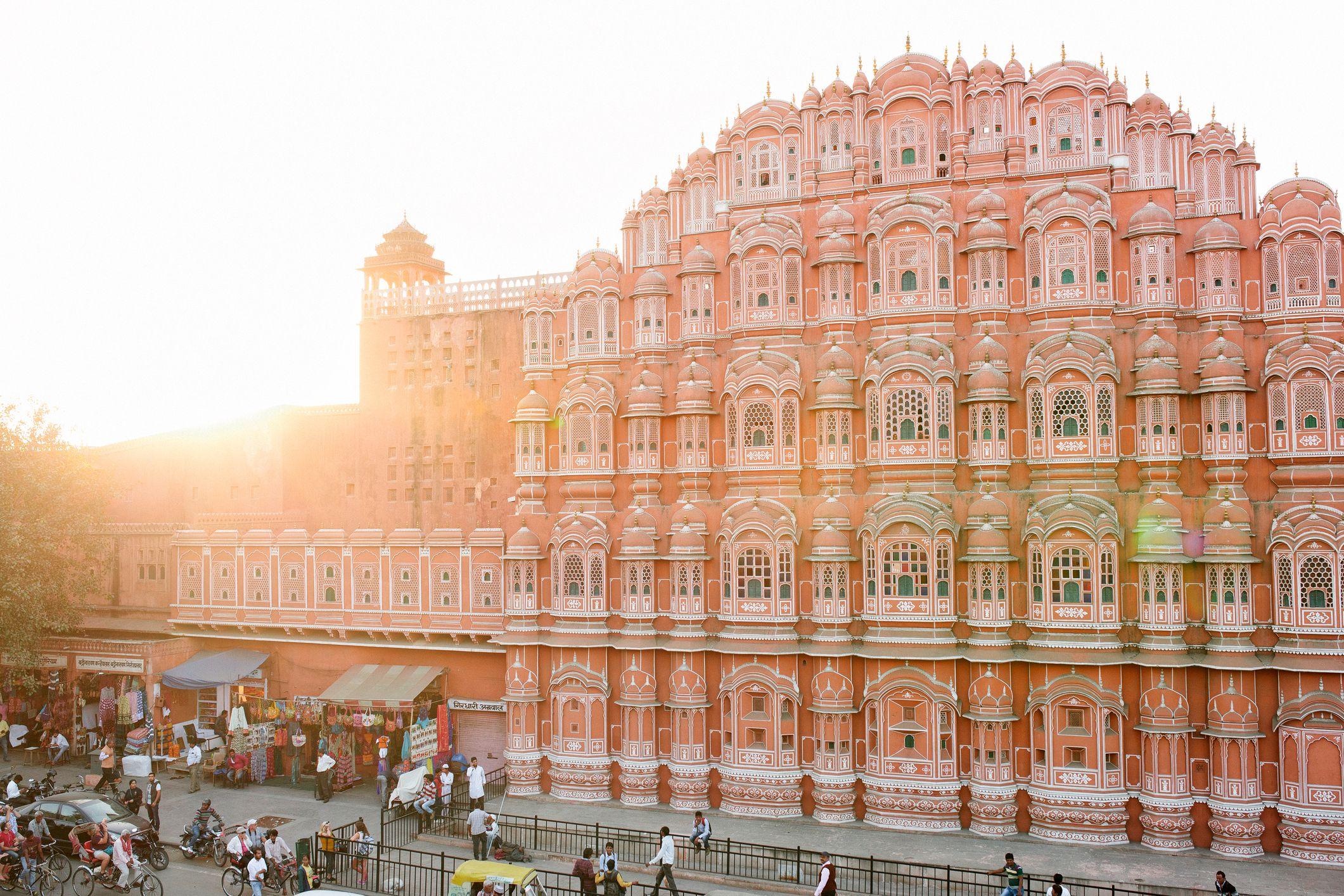Kết quả hình ảnh cho Hawa Mahal