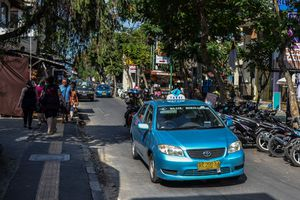 Blue Bird Taxi in Kuta, Bali
