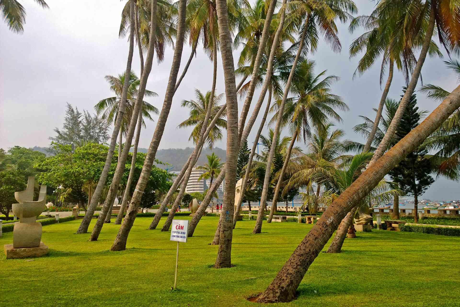 Front Beach Park, Vung Tau, Vietnam