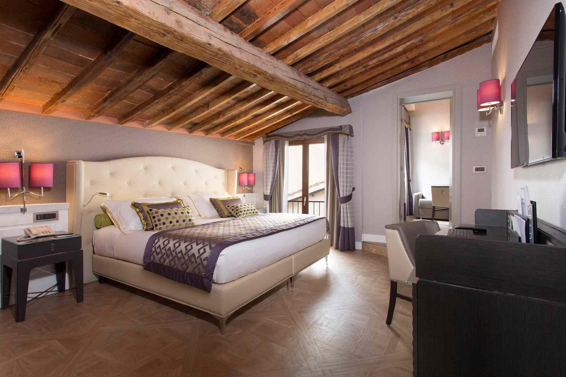 Guest room in Hotel Spadai