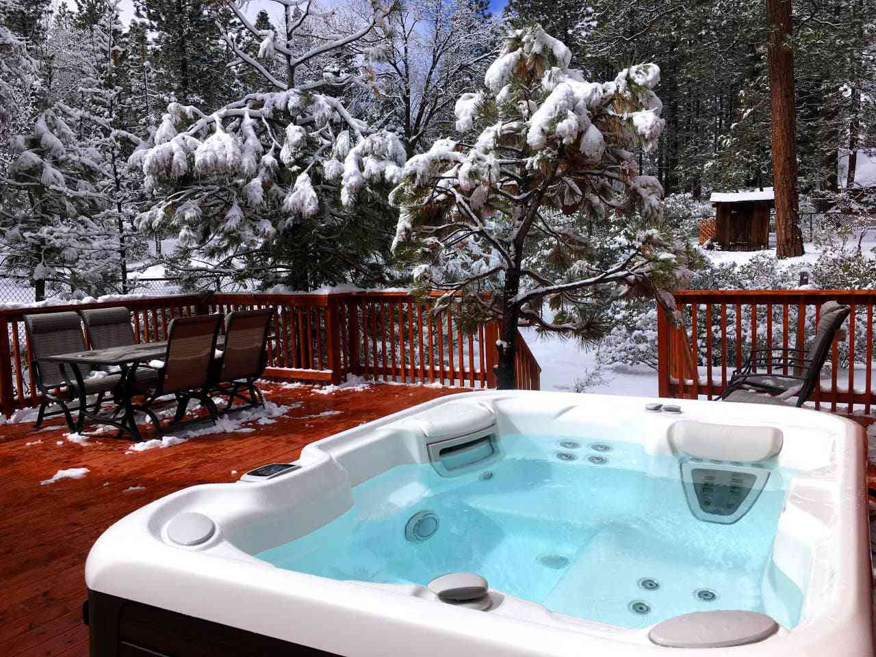 Romantic Cabin with Luxury Spa