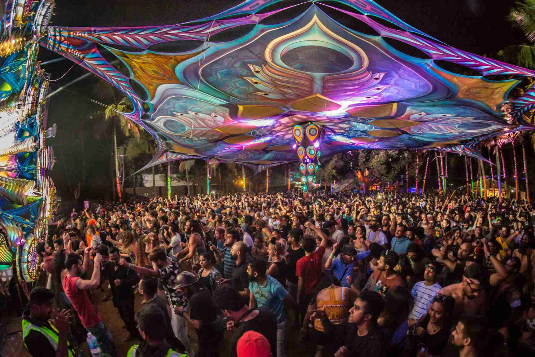 Nightlife in Goa: 14 Clubs, Bars & Beach Shacks to Party