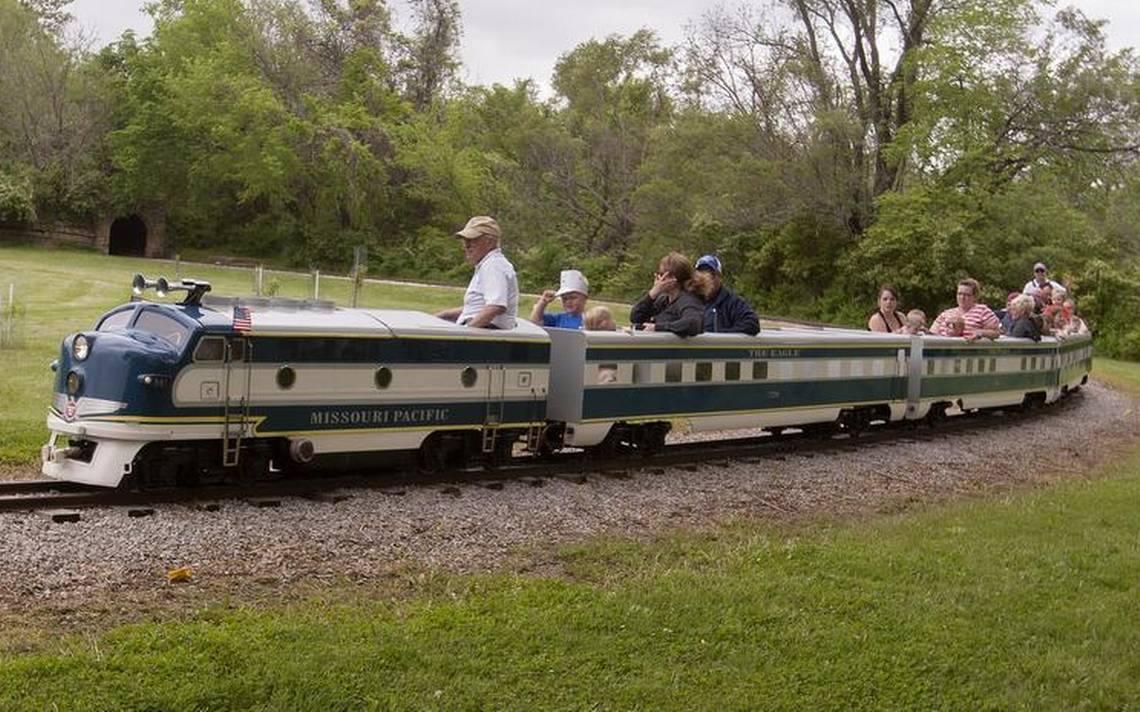 Families riding the miniature railroad in Kansas City
