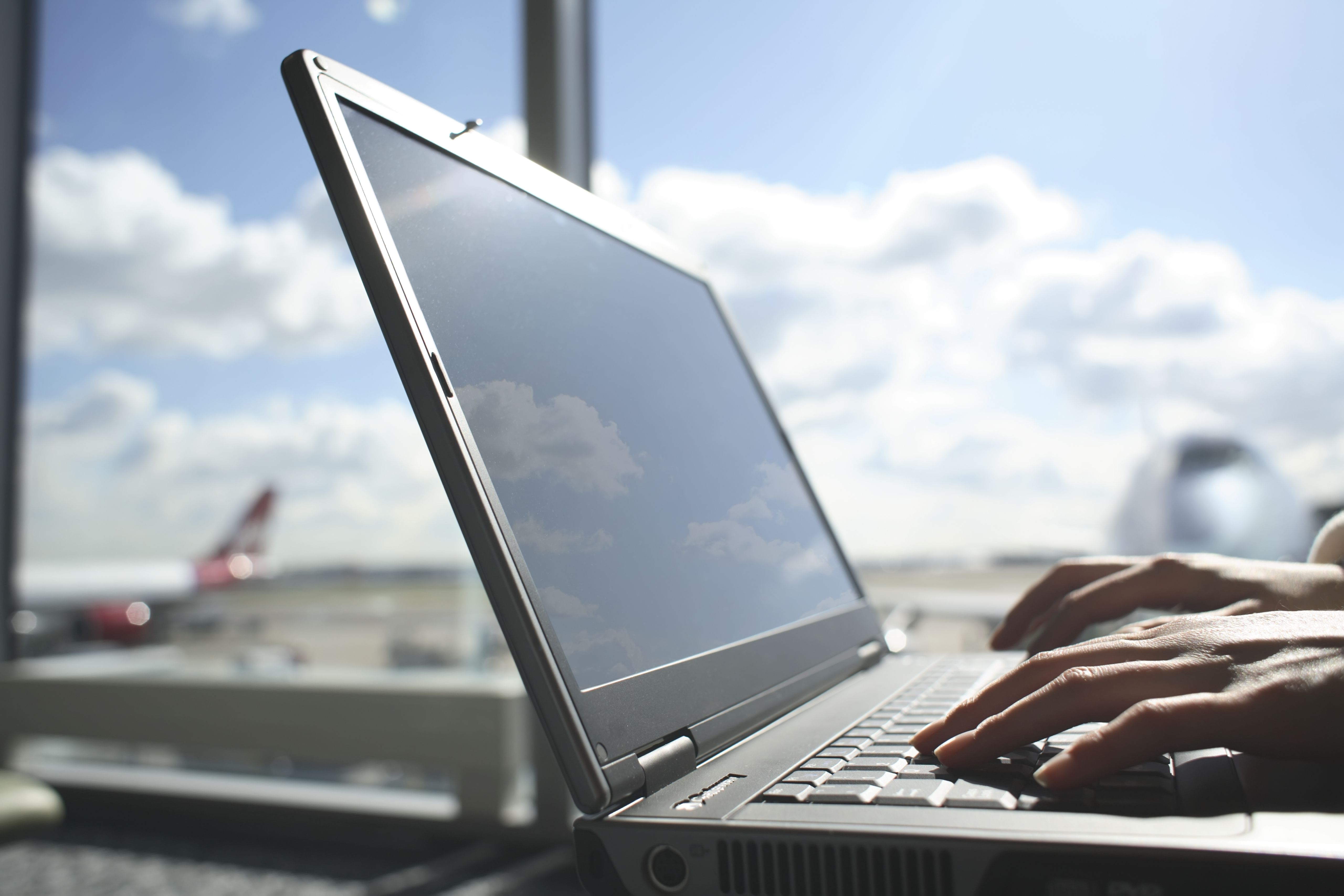 15 Websites That Offer Cheap And Last Minute Flights