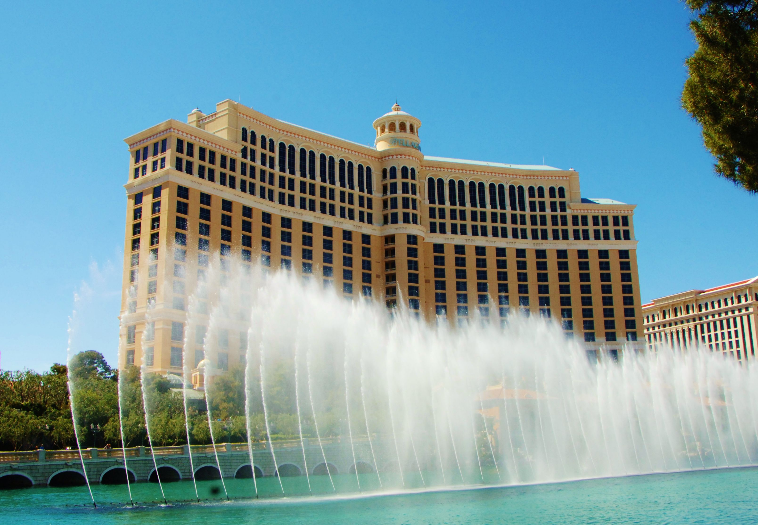 The Best Free Show In Las Vegas At Bellagio Fountains