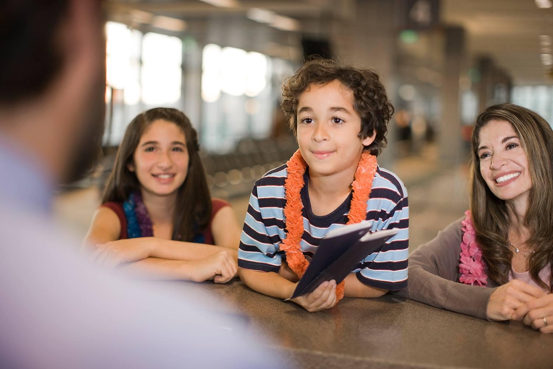 Children at US border crossing