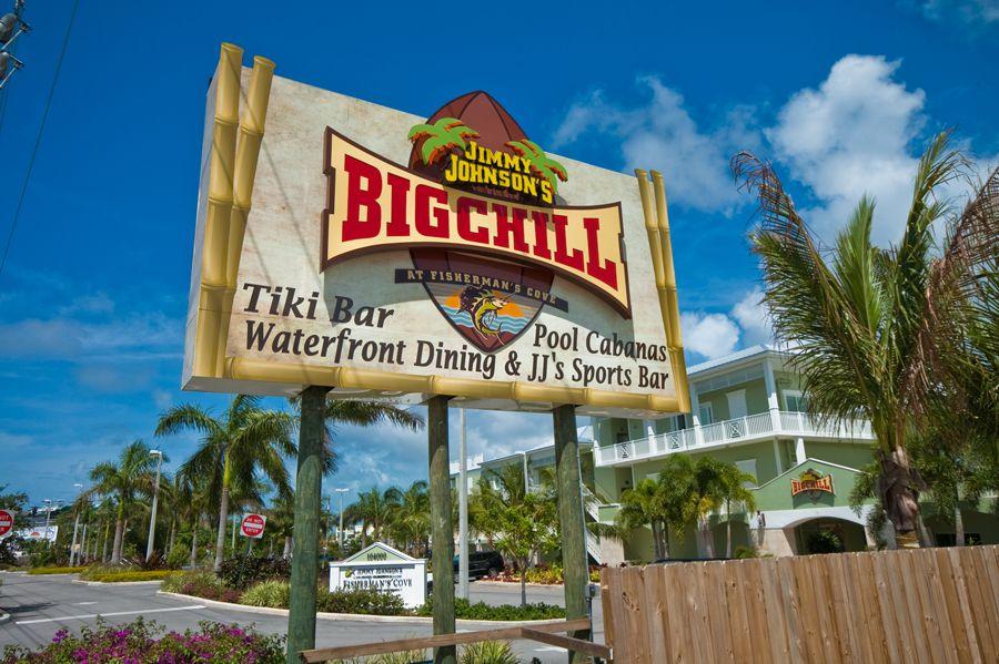 Eat at one of Key Largo's many unique restaurants.