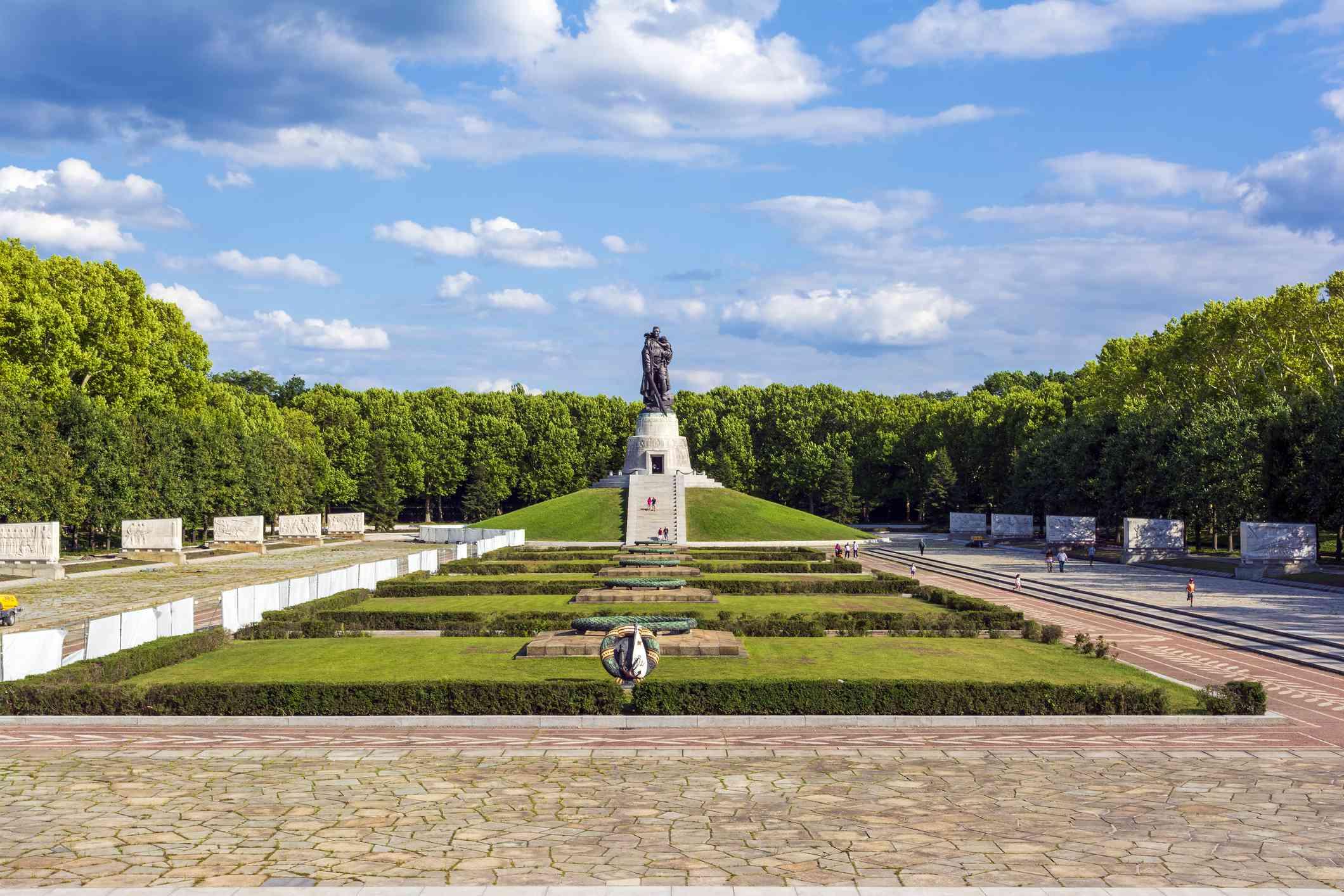 Treptower Park Soviet War Memorial