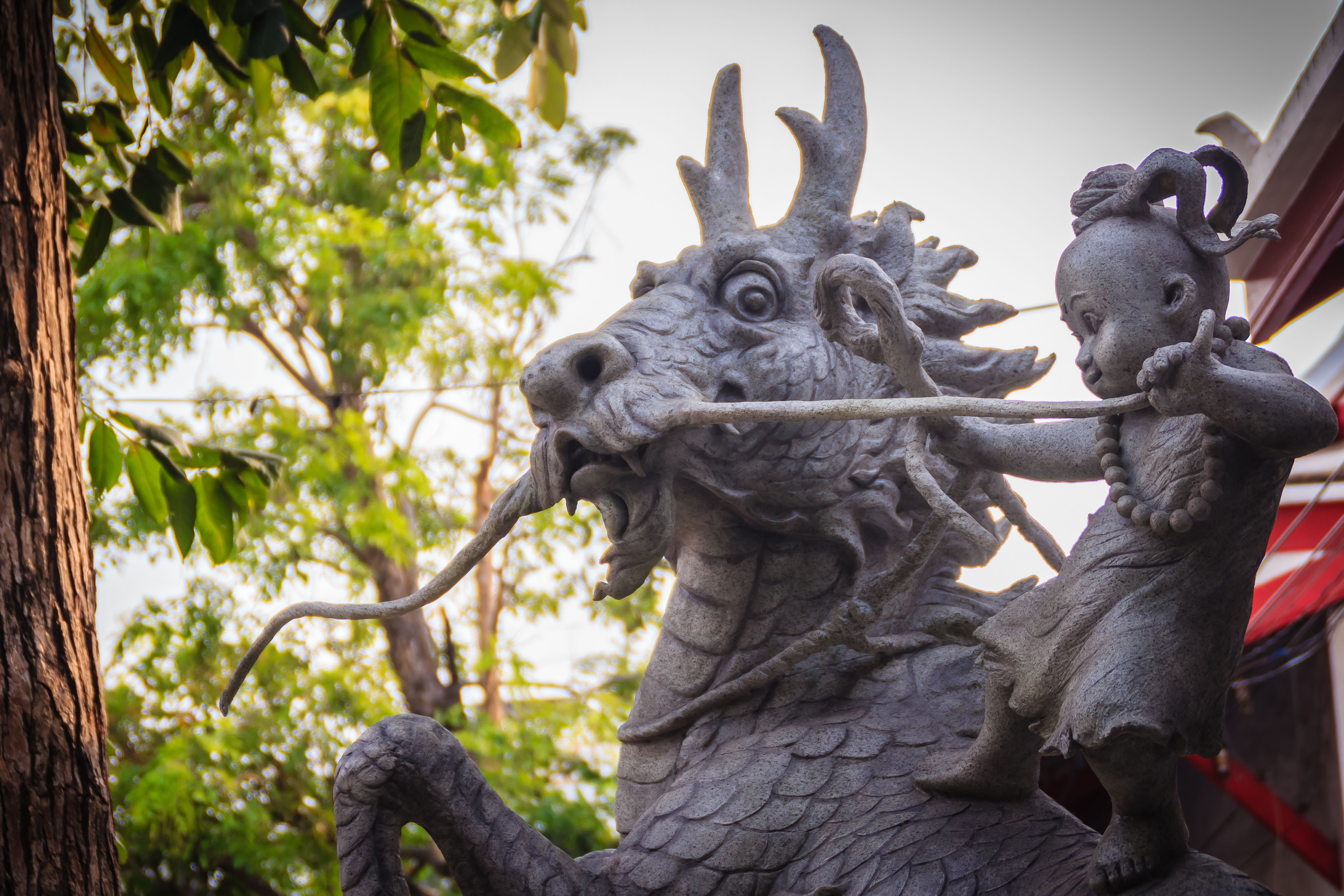 Statues from Sunthorn Phu's epic in Rayong, Thailand