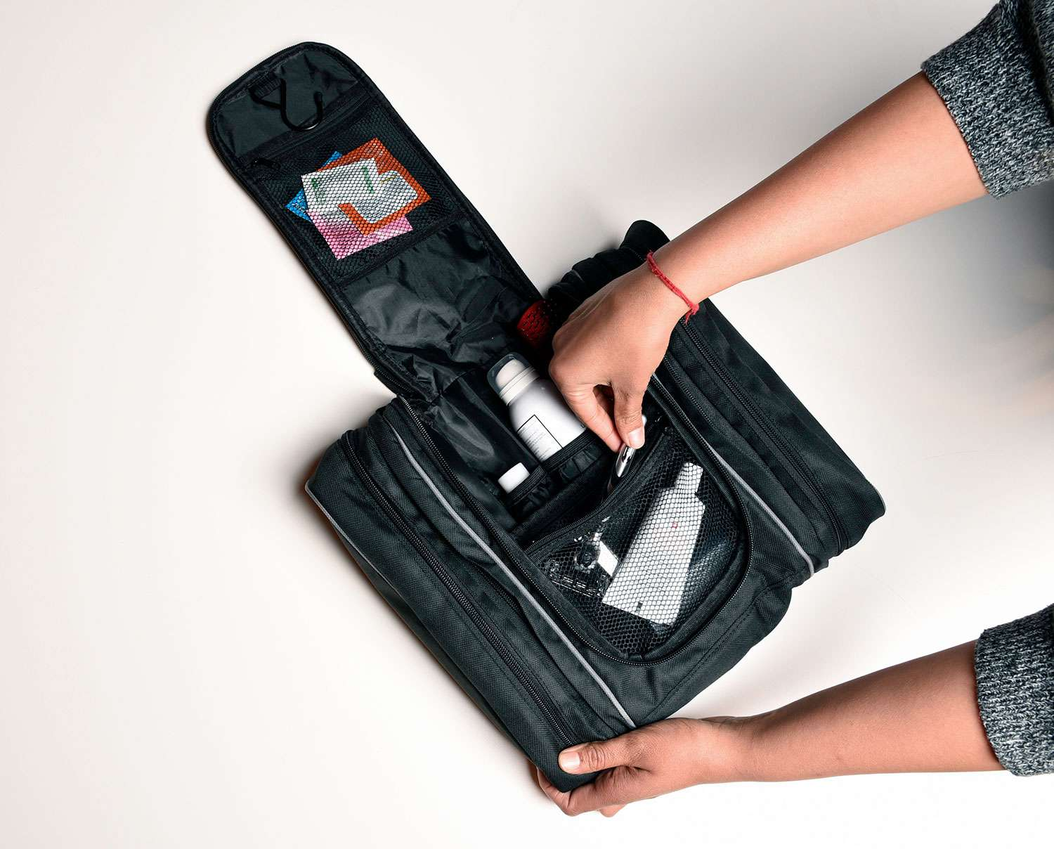 7e195237f118 The 8 Best Toiletry Travel Bags of 2019