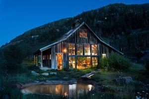 Dunton Hot Springs lodge
