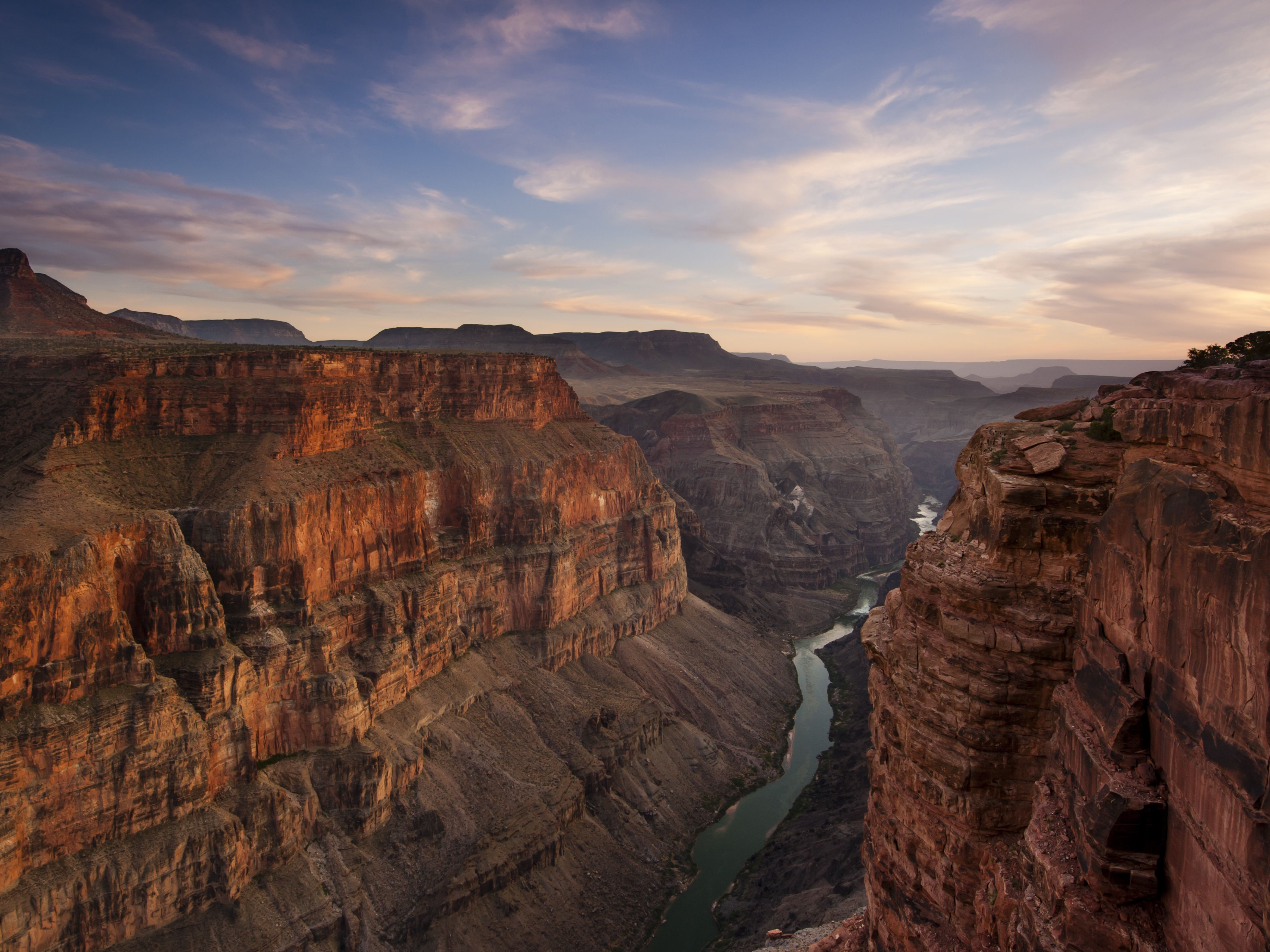 A Travel Guide for Visiting Grand Canyon on a Budget