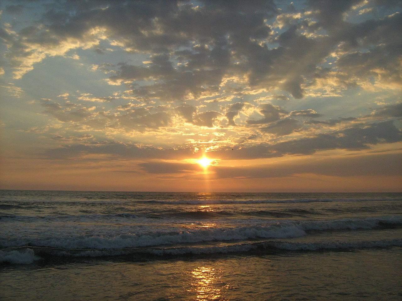 Atardecer en la playa de Tilapa, Ocós, San Marcos