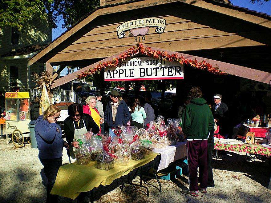Apple Butter Pavilion at the Apple Butter Festival in Kimmswick