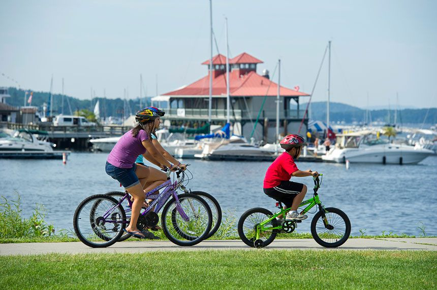 Biking in Burlington on Lake Champlain