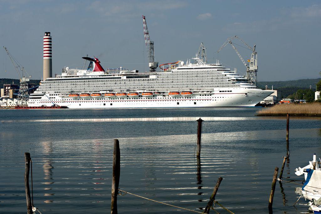 Carnival Magic Cruise Ship Profile And Photo Tour