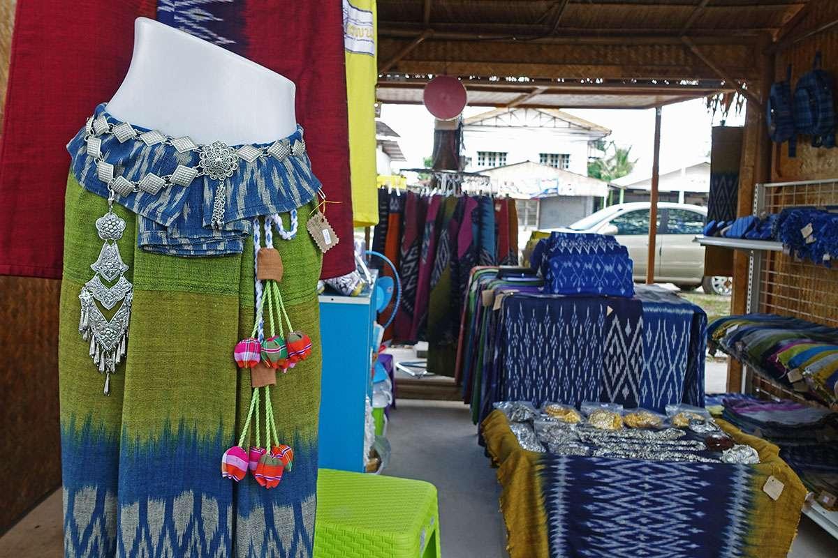 Market stall, Suntree Organic Market