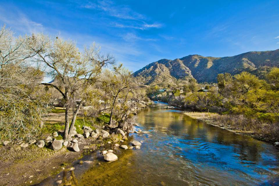 Kern River: Kernville, California