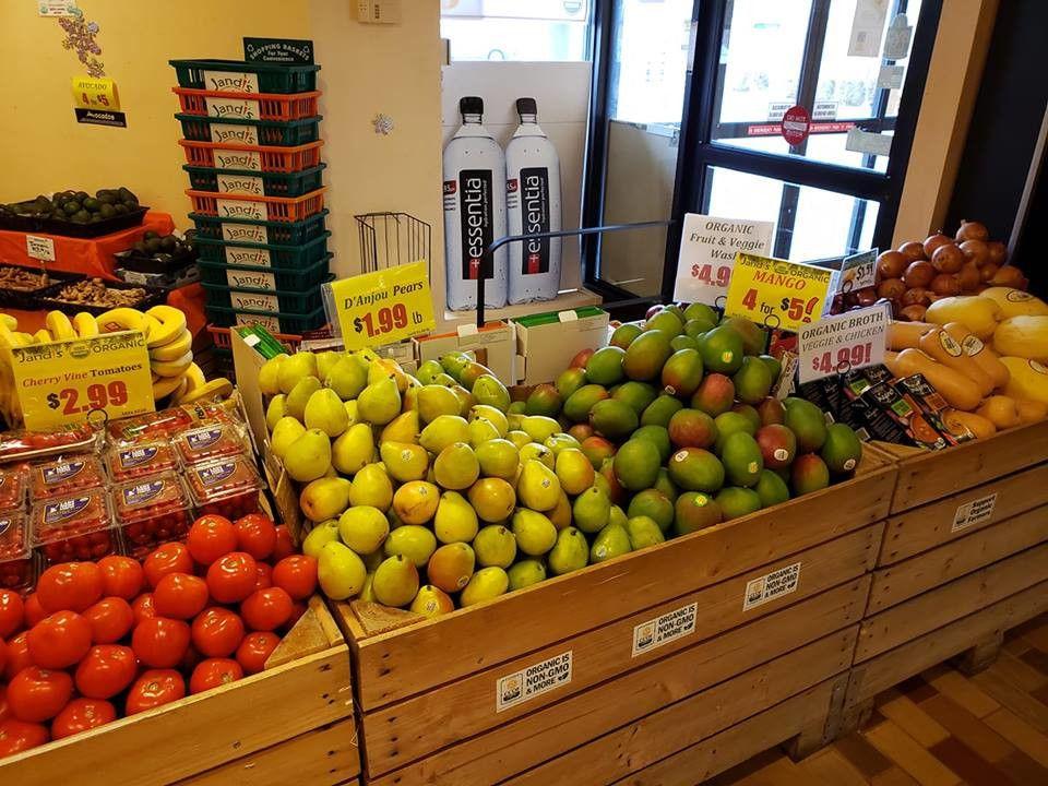 Jandi's Natural Market and Organic Cafe'
