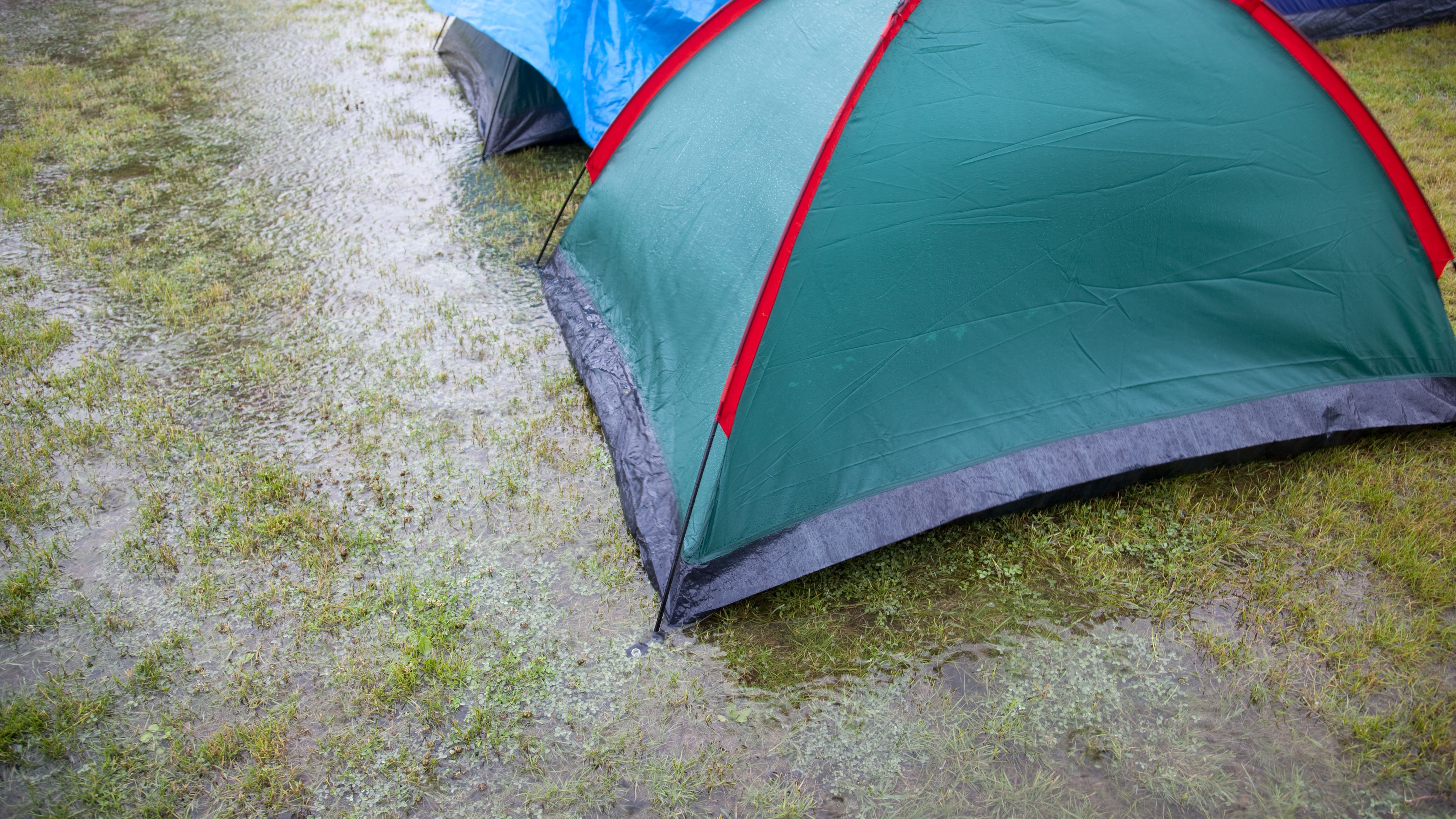 Essentials For Using A Ground Cover Tarp With Your Tent