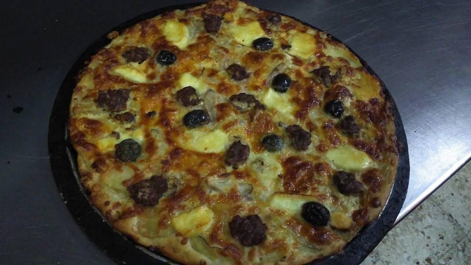Ftira at Mekren's Bakery, Gozo