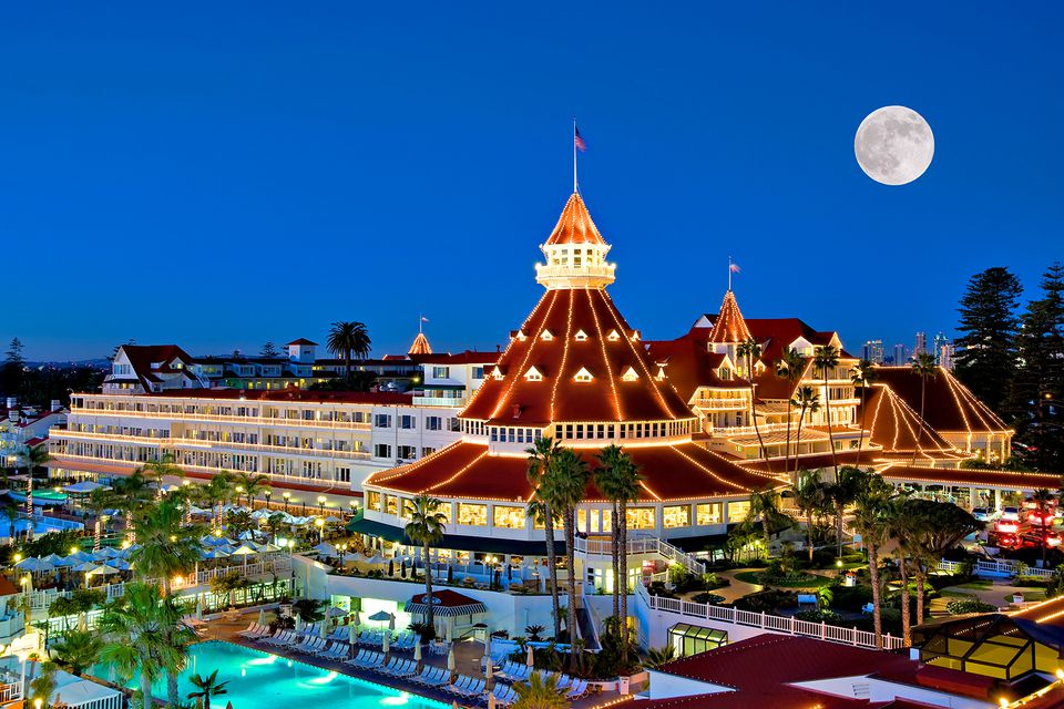 Hotel del Coronado holiday lights