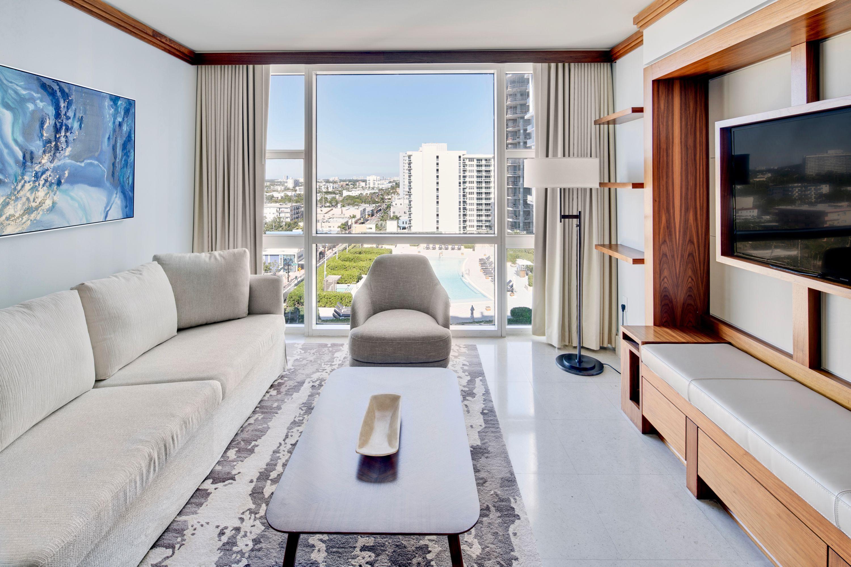 Carillon Miami Wellness Resort Miami Beach Luxury Hotel