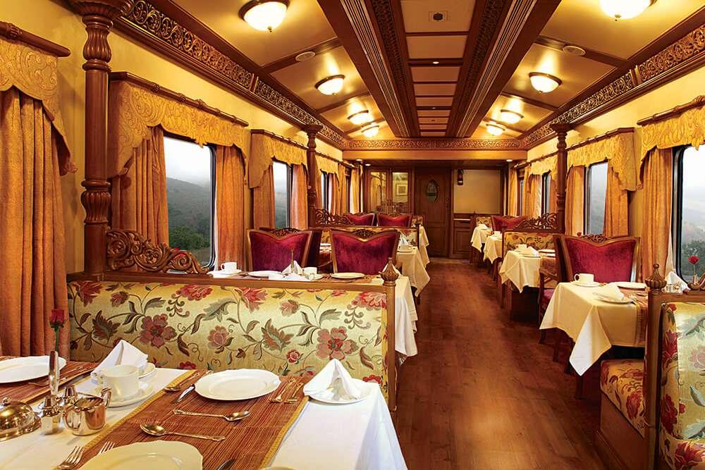 Golden Chariot Luxury Train dining.