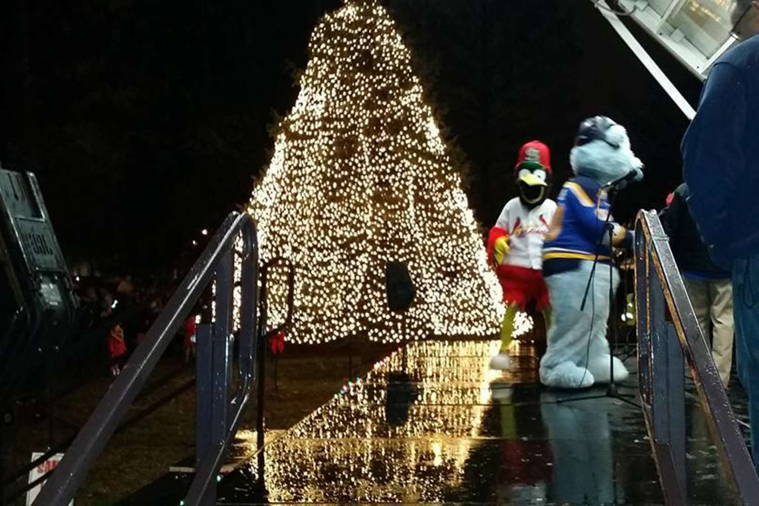 free holiday events and celebrations in st louis